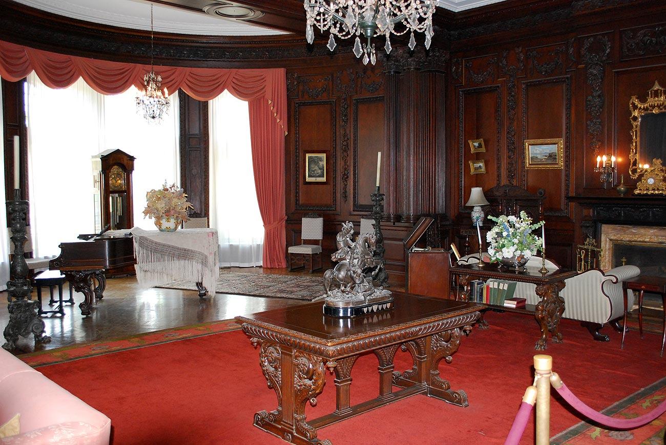 antique room interior