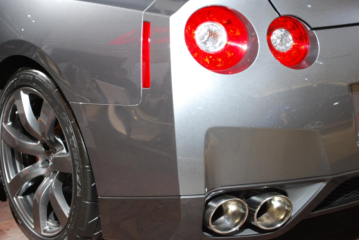 rear left car