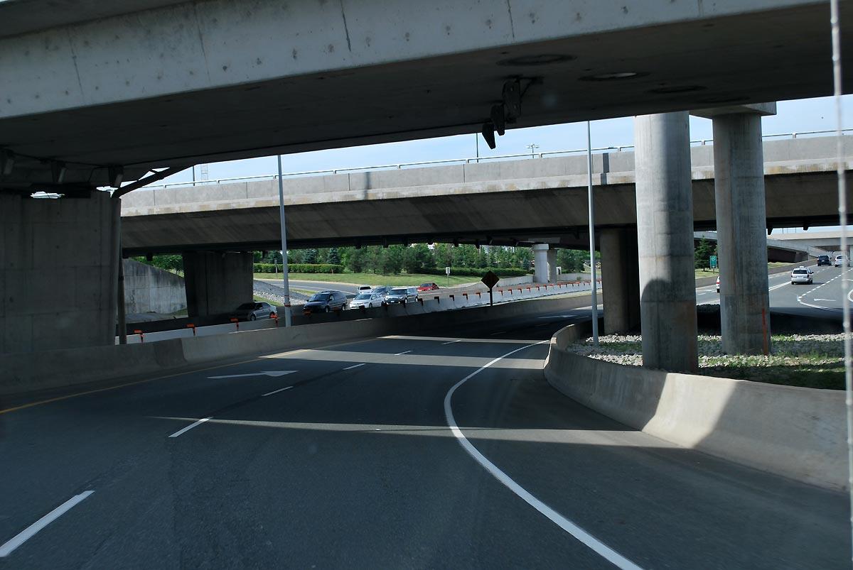 road under bridges