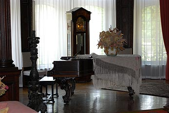 grand antique piano