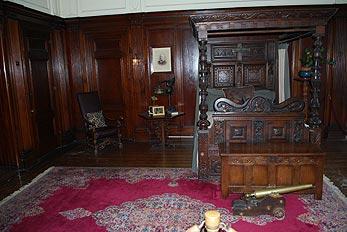 antique bedroom