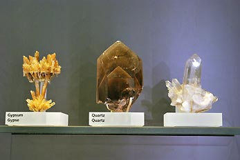 gypsum and quartz minerals