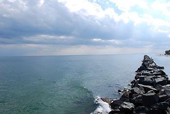 island breakwater